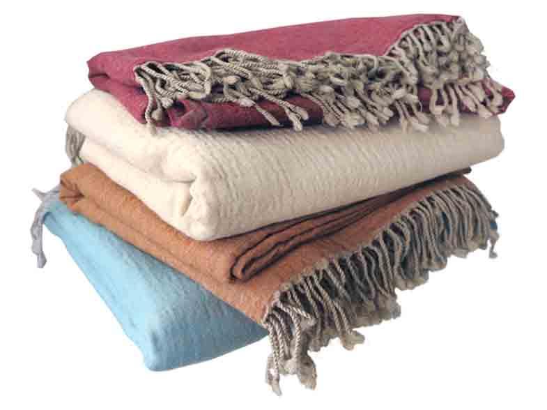 Mooie dekens, zachte kwaliteit merino wol in diverse kleuren | vanaf € 89,00