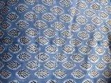deken quilt eenpersoons reversible blockprint -lichtblauw/lavendel-zwart_