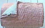 deken quilt tweepersoons reversible blockprint -koraalroze/grijs_