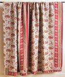 VERKOCHT- deken / quilt vintage katoen 3 - rood-oker paisley/ oker-zwart-wit bloem_