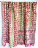 deken / quilt vintage katoen 1 - licht rood-groen/ roze-wit_