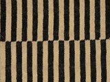 Vloerkleden en eigentijdse woonaccessoires van natuurlijke materialen vind je bij www.hvvinterieur.nl