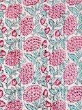 stofdetail kimono quilted katoen -pink peony on white