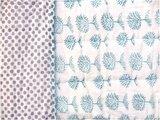 detail deken quilt tweepersoons reversible blockprint -groen op wit/violet op wit