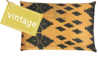 sierkussenhoes 60x40 vintage 3 - tribal graphic black print on warm yellow