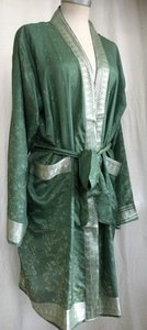 kimono recycled silk 1- oud groen/zilver