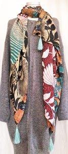 UITVERKOCHT-sjaal vintage recycled crêpe silk 1-big flower red/green