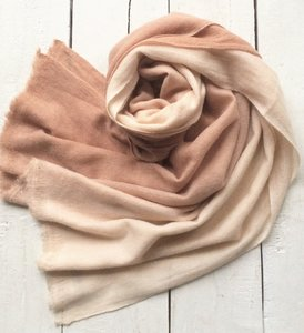 sjaal cashmere - fading 1 licht/ donker skin pink