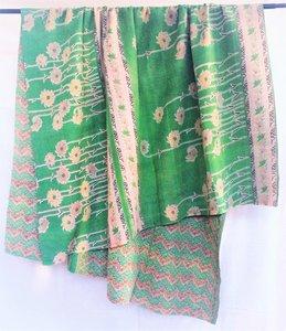 deken / quilt vintage katoen 2 - groen-geel/groen-rood bloem