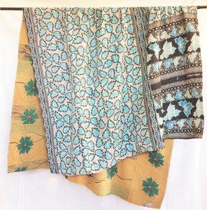 VERKOCHT- deken / quilt vintage katoen 4 -aqua-d.blauw/ pastel oranje-petrol bloem