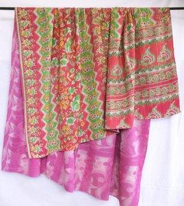 deken / quilt vintage katoen 1 - licht rood-groen/ roze-wit