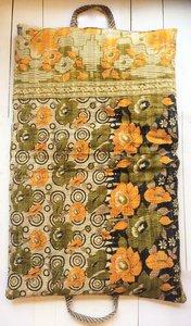 kussen pick-up 1 -vintage katoen met hengsels army-oranje rozen met abstract patchwork