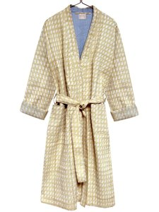 kimono quilted katoen -white paisly on pastel ocre