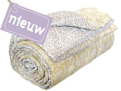 deken quilt eenpersoons reversible blockprint -zacht geel/grijs op wit